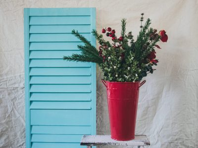 Guide To Outdoor Winter Planters And Landscaping Ideas